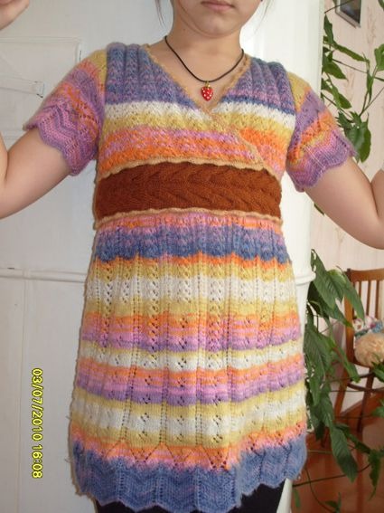 летние вязаные платья спицами с схемами. вязанные платья 2011 спицами со