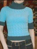 Вязаный свитерок