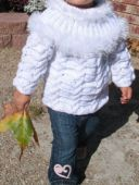 Пуловер с кокеткой