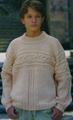 вязание спицами пуловер с фантазийными полосами.