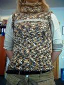Меланжевый свитер без рукавов