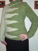 Светло-зеленый свитер