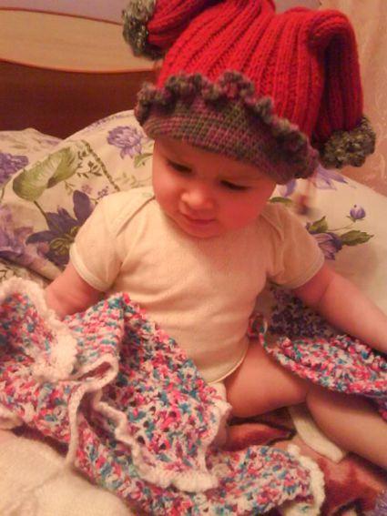 зимняя шапочка с ушками для девочки.