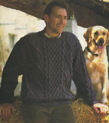 вязание спицами синий пуловер