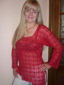 Красная кофточка